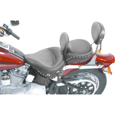 Pouf Passager Large Clouté Mustang Softail Standard 00/05, Heritage 00/07
