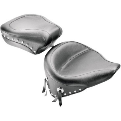 Pouf Passager Large Clouté Mustang Softail Heritage Classic 08/15, Springer 00/07
